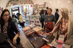 Idea könyvtér üzlet